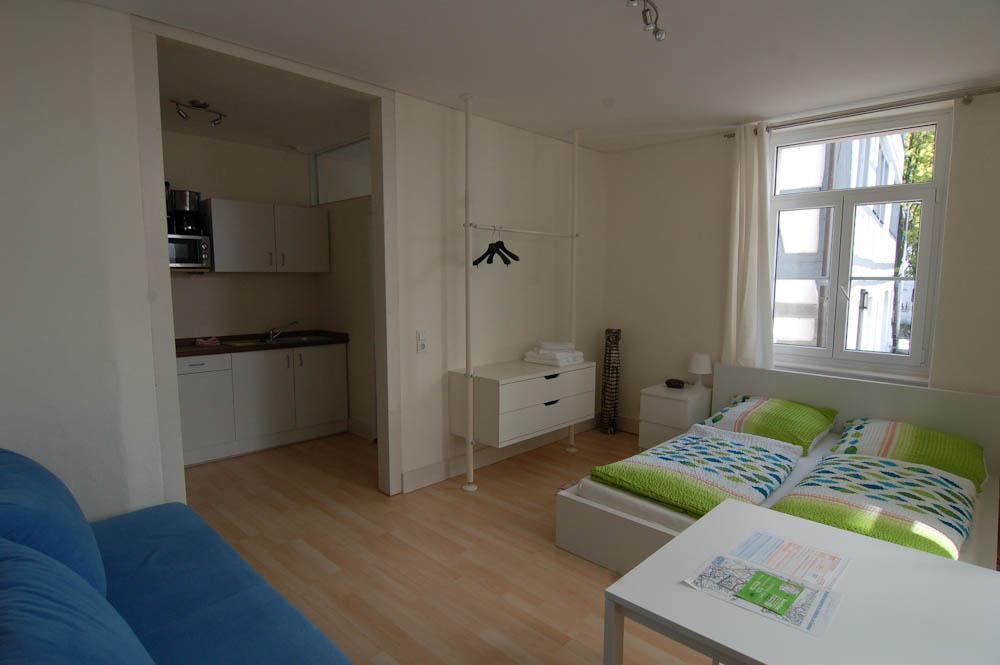Wohn-Schlafraum und Küche Apartment 6