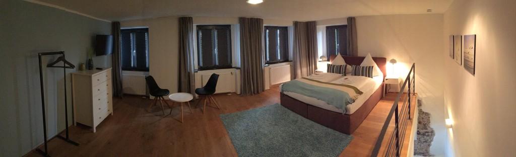 Schlafzimmer mit Verdunklung